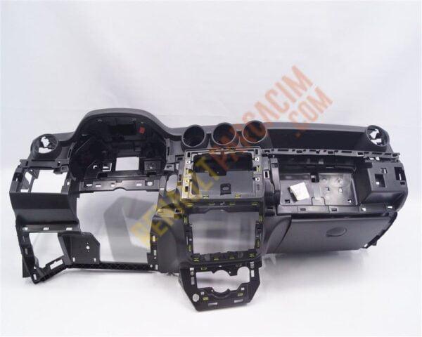 Dacia Duster Torpido 681000897R