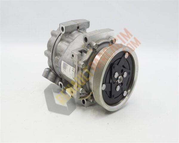 Duster Symbol 1.5 Dci Klima Kompresörü 8200866440