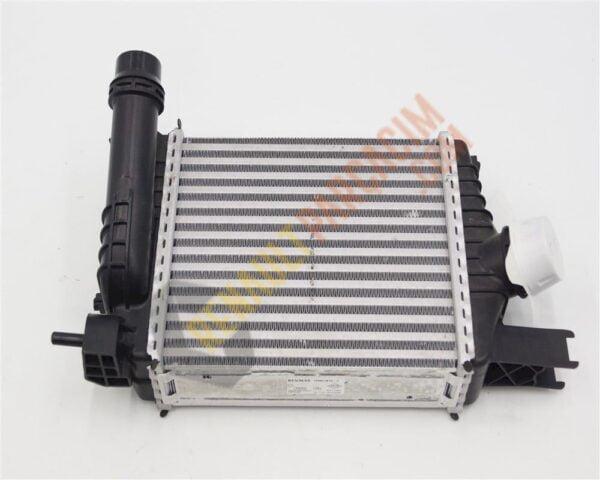 Sandero Turbo Radyatörü 144961381R 144965154R